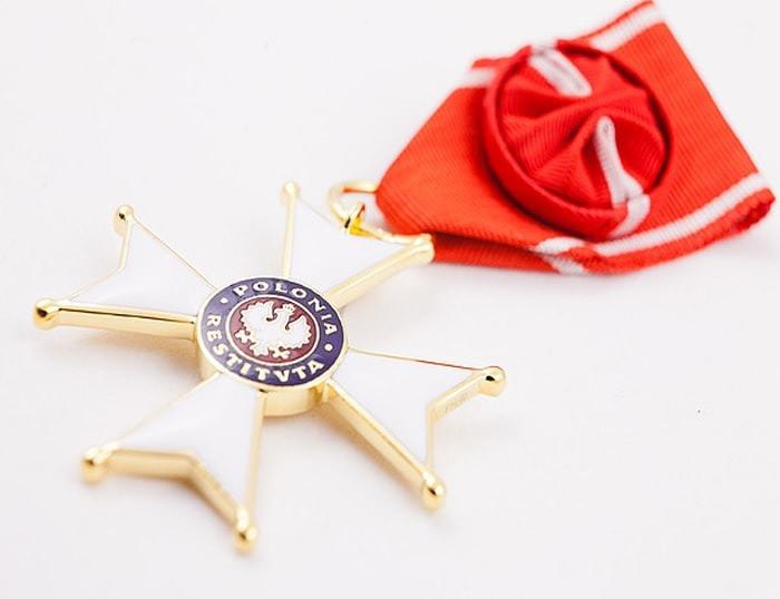 Krzyż Oficerski Orderu Odrodzenia Polski dla Jana Szynaka